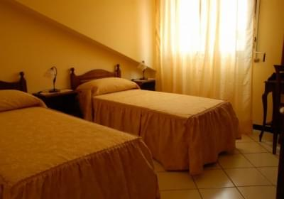 Hotel Affittacamere ai Tre Parchi bed and bike